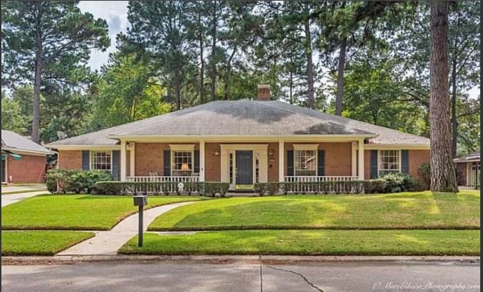 620 Dumbarton Shreveport, LA 71106