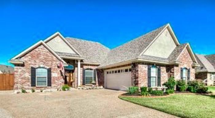 504 Half Moon Lane Bossier City, LA 71111